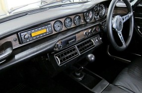 Volvo 1800E - Dash Restoration and Audio