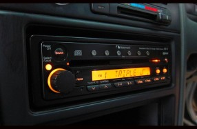 Nissan Maxima - Nakamichi 6cd MB-VI - Upgrade Speaker System